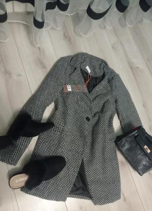 Классное демисезонное пальтишко кардиган демисезонное пальто гусиная лапка