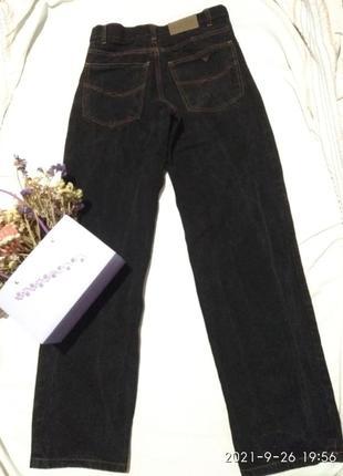 Классные джинсы от крутого бренда armani