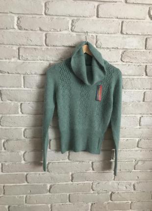 Новий агнорово шерстяний светр