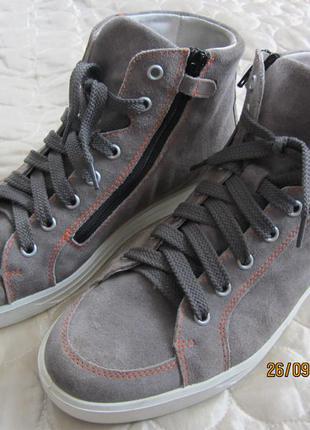 Кеди, черевики ricosta