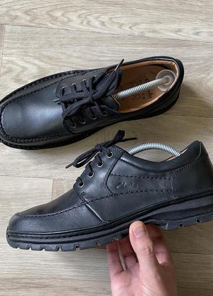 Clarks мужские фирменные туфли р.41 26 см