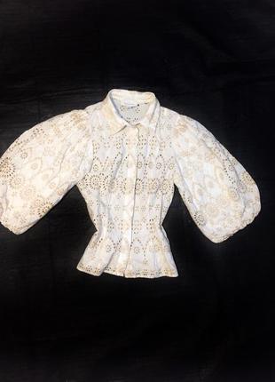 Блузка с вышивкой, рукава объемные, пышные рукава буфы, вышитая, тренд, стильная