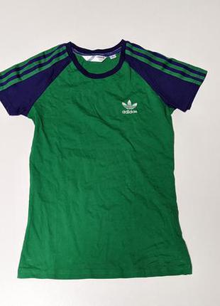 Adidas котоновая футболка