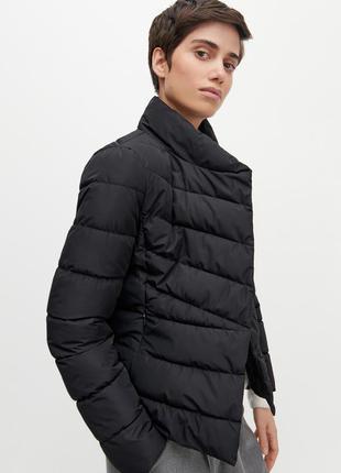 Стеганая куртка с воротником-стойкой
