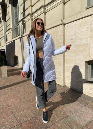 Белая куртка, осенняя куртка, куртка с капюшоном