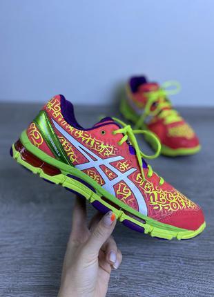 Крутые яркие и вызывающие кроссовки asics gel netburner professional 12