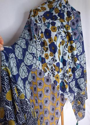 Широкий разноцветный палантин шарф  white stuff (110 см на 180 см)