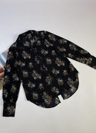 Красивая блуза фирмы:  next