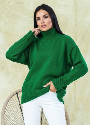Зеленый шерстяной свитер свободного кроя