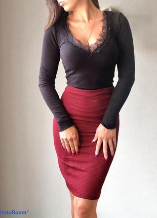 Классическая бордовая юбка миди guess zara cos