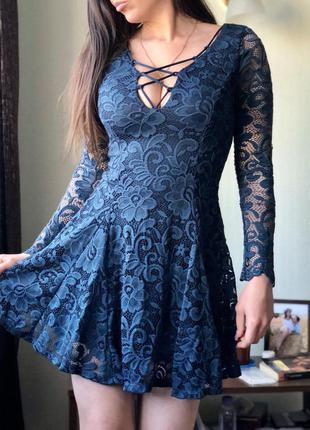 Гипюровое платье с декольте guess forever 21 zara cos
