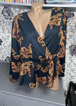 Очень красивая и стильная блуза m-l