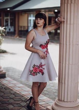 Сукня коротка платье короткое плаття з вишивкою