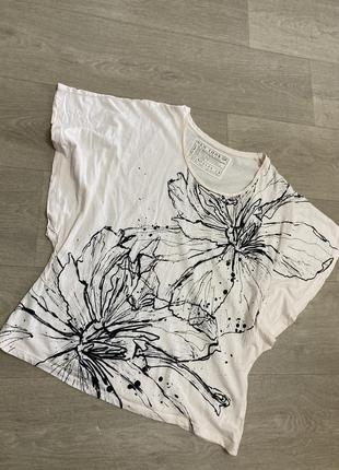 🍀нежная футболка с цветами new look