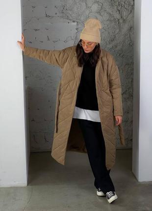 Теплое стеганое пальто кэмел
