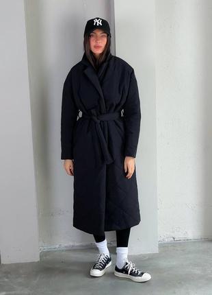 Теплое стеганое пальто черное