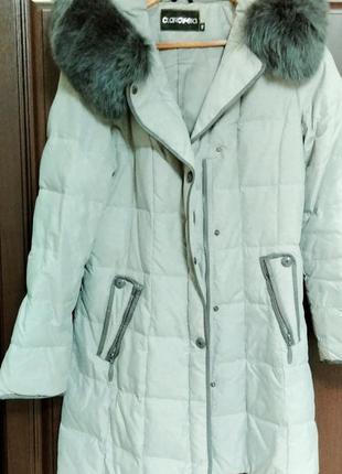 Пальто зимнее серого цвета