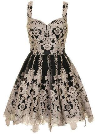 Нарядное вечернее коктельнон пышное платье фатин вышивка вышитон кружево chi chi london