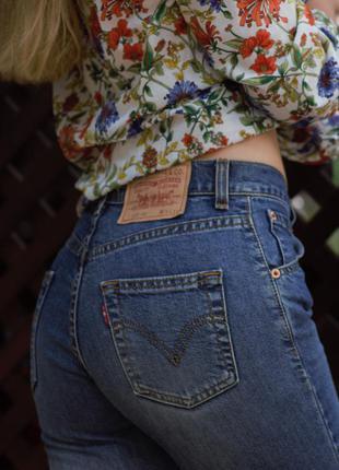 Оригинальные джинсы levis высокая посадка (талия) хлопок 98% w25