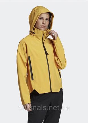 Женская куртка adidas myshelter dz1501