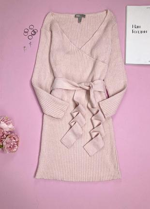 Сукня в рубчик по фігурі трикотажна пудрова m, трикотажное вязаное пудровка платье в рубчик по фигуре с длинными рукавами