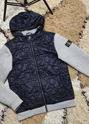 Стильный утепленный бомбер - куртка стеганная на синтепоне calvin klein размер л-хл