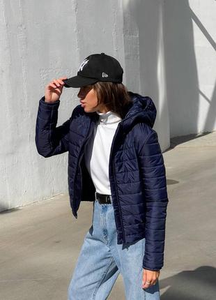 Женская осенняя куртка стеганная демисезонная
