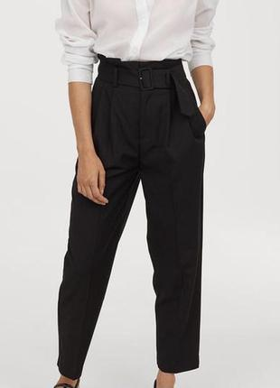 Трендовые брюки с высокой посадкой