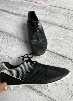 Крутые кроссовки для футбола кеды бутсы копы decathlon размер 38(24,8см стелька)