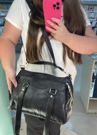 Женская кожаная сумка-бочонок сумка с ручками сумка через плечо черная саквояж вместительная