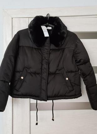 Демісезонна укорочена куртка