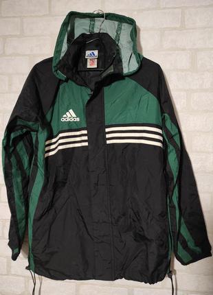 Спортивная куртка, ветровка.  с капюшоном. adidas