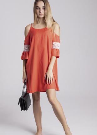 Новое платье с биркой ax paris с открытыми плечами