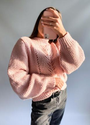 Объёмный, красивой вязки тёплый свитер бренда top shop💗
