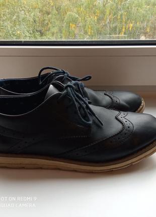 Туфли классические. оксфорды. броги