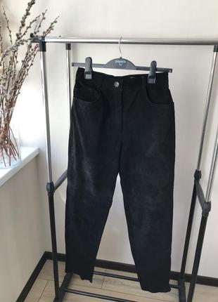 Стильные замшевые штаны uno momento