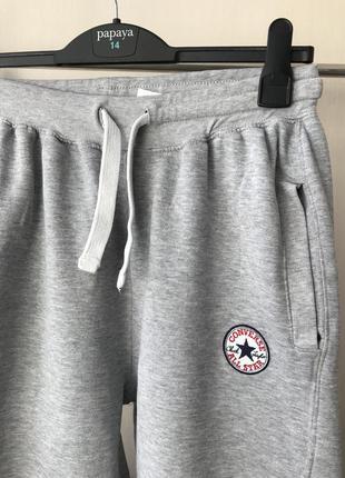 Фирменные спортивные штаны на флисе converse