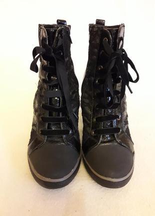 Демисезонные ботинки фирмы graceland ( германия ) р. 39 стелька 25,5 см