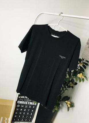 Оригинальная футболка с логотипом от calvin klein jeans