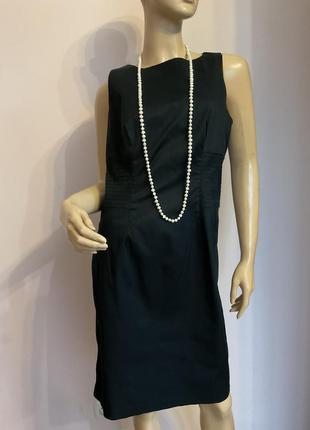 Базовое чёрное коктельное платье/m/brend benetton