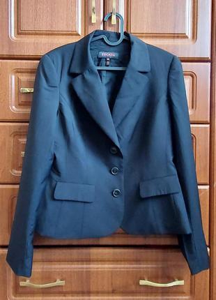 Жакет пиджак 100% шерсть escada оригинал