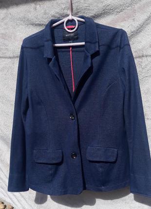 Новый трикотажный пиджак жакет woman 48-50