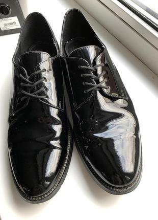 Туфли лак. кожа