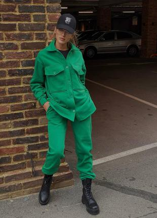 Классный зелёный костюм на флисе 🦎