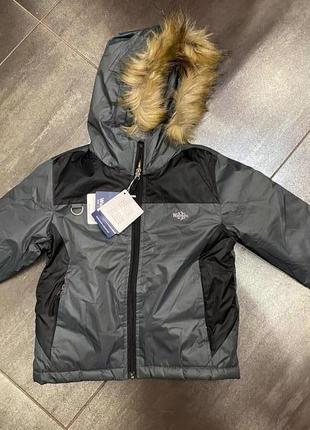 Зимняя курточка на мальчика 4-6 лет