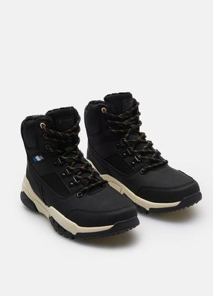 Новые высокие ботинки cropp town