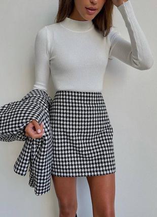 Костюм юбка и пиджак гусиная лапка