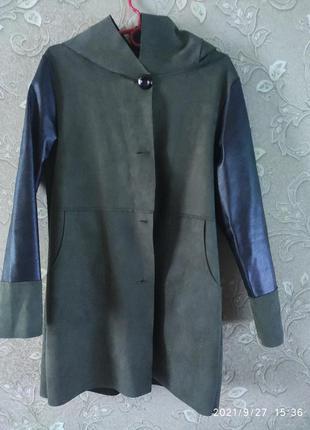 Легкая курточка италия