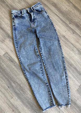 Женские джинсы мом скинни house