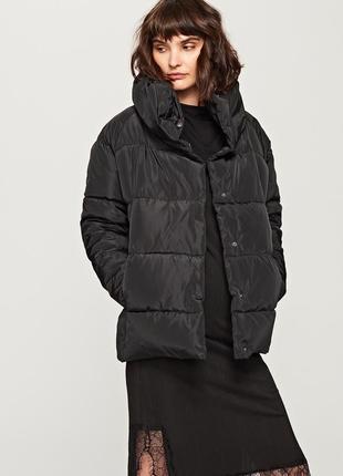 Стеганая куртка с воротником reserved